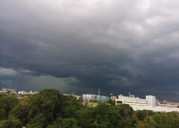 Milano prima del temporale