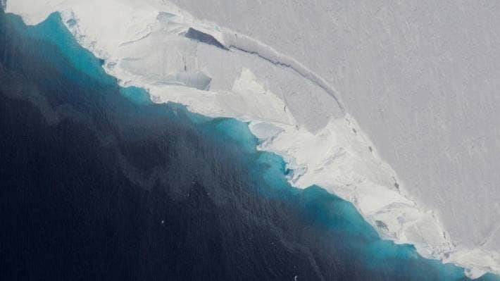 Antartide |  due imponenti ghiacciai prossimi alla rottura  Sarebbe disastro