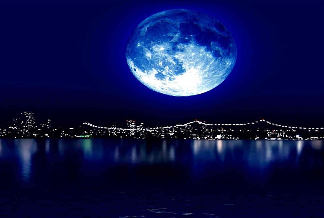 Tutti ad ammirare la Luna