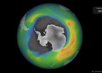 L'estensione del buco dell'ozono in Antartide quest'autunno. Fonte ESA