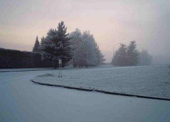Immagine d'archivio di un'imbiancata da neve chimica avvenuta a Romagnano Sesia, sul novarese, il 17 gennaio 2012. Credit immagine www.mtgforum.it
