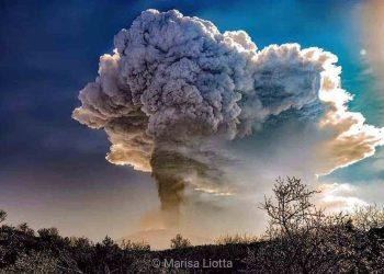 Serie di eruzioni dall'Etna. Foto di Marisa Liotta