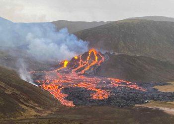 Il vulcano Fagradalsfjall è tornato in eruzione dopo un letargo di quasi un millennio