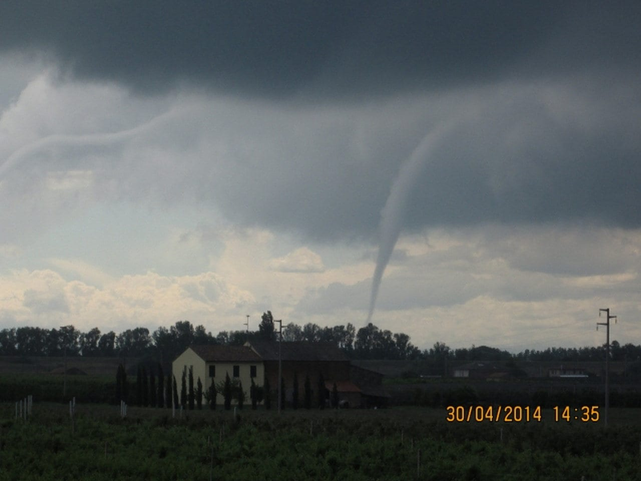 Tornado del 30 aprile 2014 in Emilia
