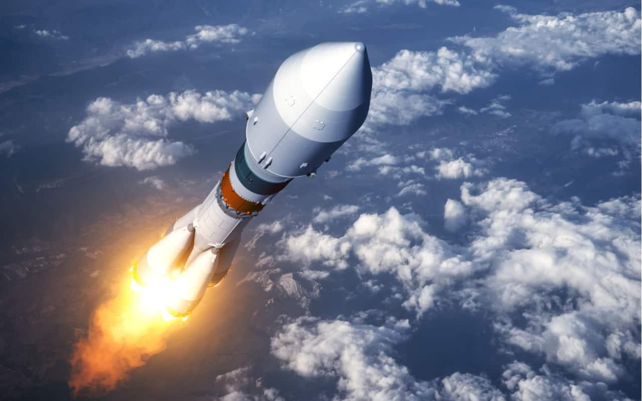 Missile verso orbita attorno Terra.