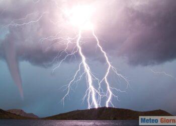 AdobeStock 102909837 350x250 - Crisi meteo in piena estate: incredibile freddo artico nel cuore di luglio