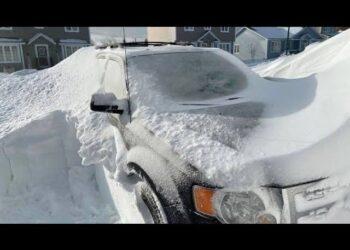 tempeste di neve in svezia villaggi isolati video meteo 350x250 - Islanda, tremende tempeste di neve. Un metro e mezzo di neve. Video meteo