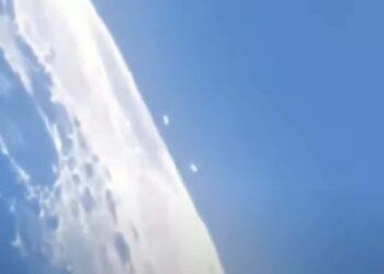 ufo sulla luna 350x250 - Gli Alieni su Marte li abbiamo portati noi terrestri