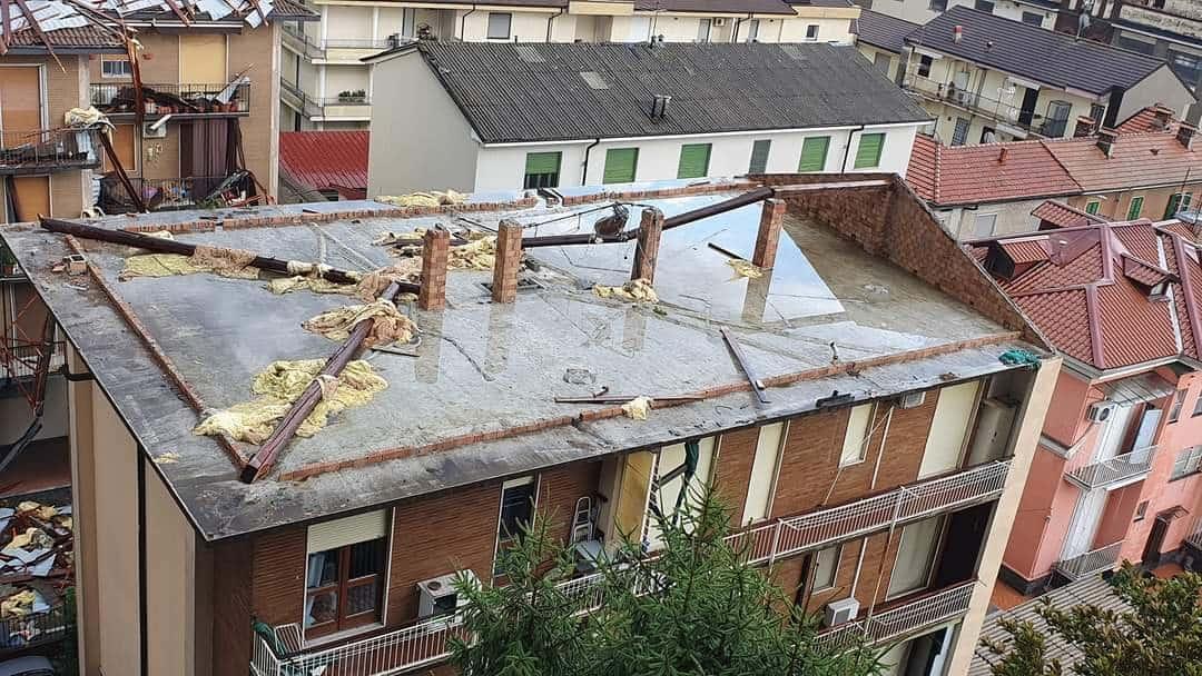 213170438 3034150686818834 7314935821776551005 n - Meteo Piemonte e Lombardia: ingenti danni per temporali di forte intensità. Grandine e vento devastano anche edifici