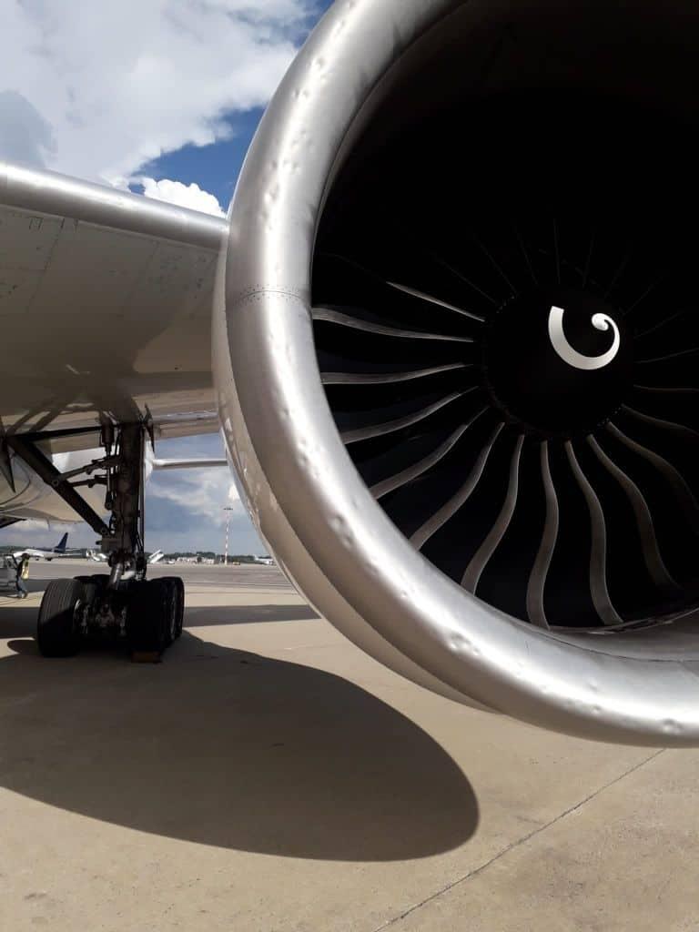 215567966 1214482849018767 5370843169282253939 n - Malpensa, aereo seriamente danneggiato da una grandinata tra Lombardia e Piemonte