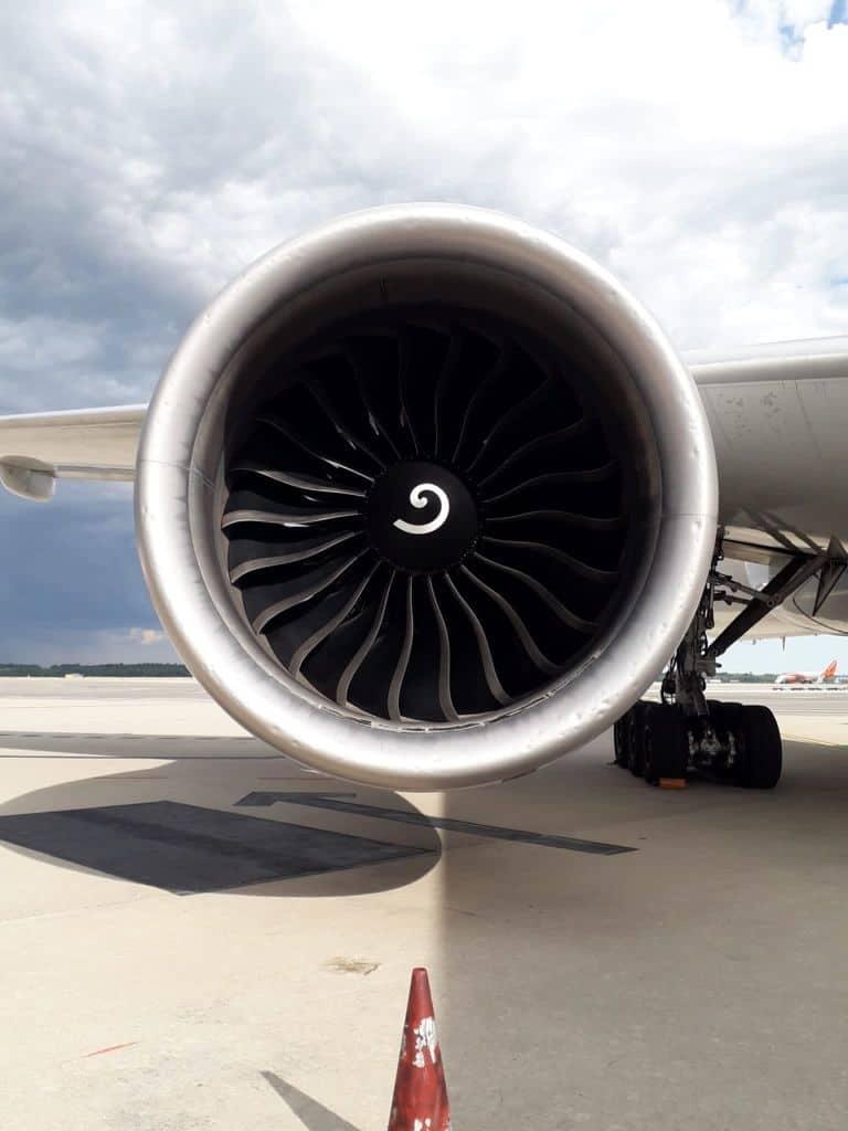 217610758 1214482885685430 8603050401987265923 n - Malpensa, aereo seriamente danneggiato da una grandinata tra Lombardia e Piemonte