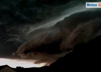 Germania nubi nerissime annunciano forti temporali