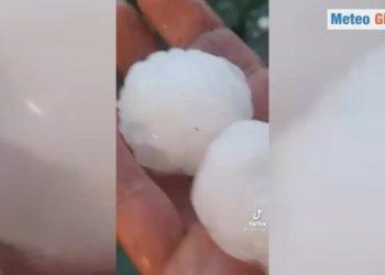 la devastante grandine di milano 350x250 - Meteo prossime ore, oggi temporali di forte intensità al Nord Italia